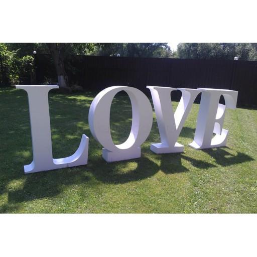 Пенопластовые буквы LOVE